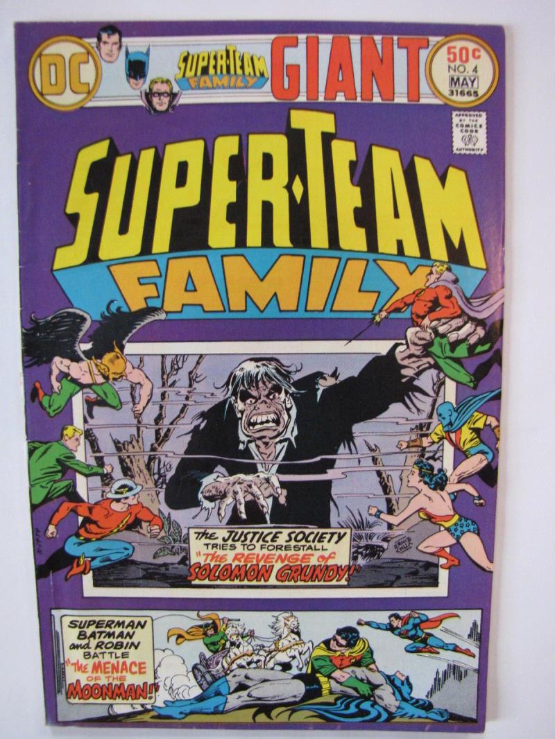 SUPER-TEAM FAMILY #4, FN/VF, Wonder Woman, Batman, Superman, Flash, 1976